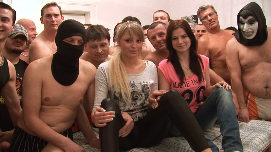 Czech gang bang pornoakce 15 18122012 pe 10