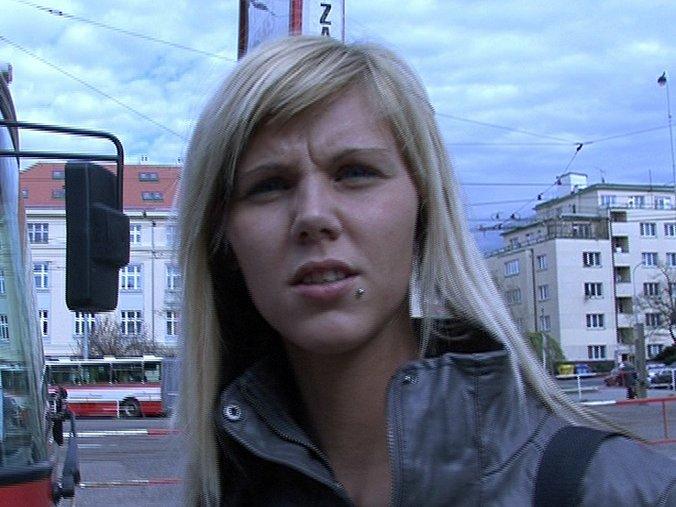 CZECH STREETS – Ilona takes cash for public sex
